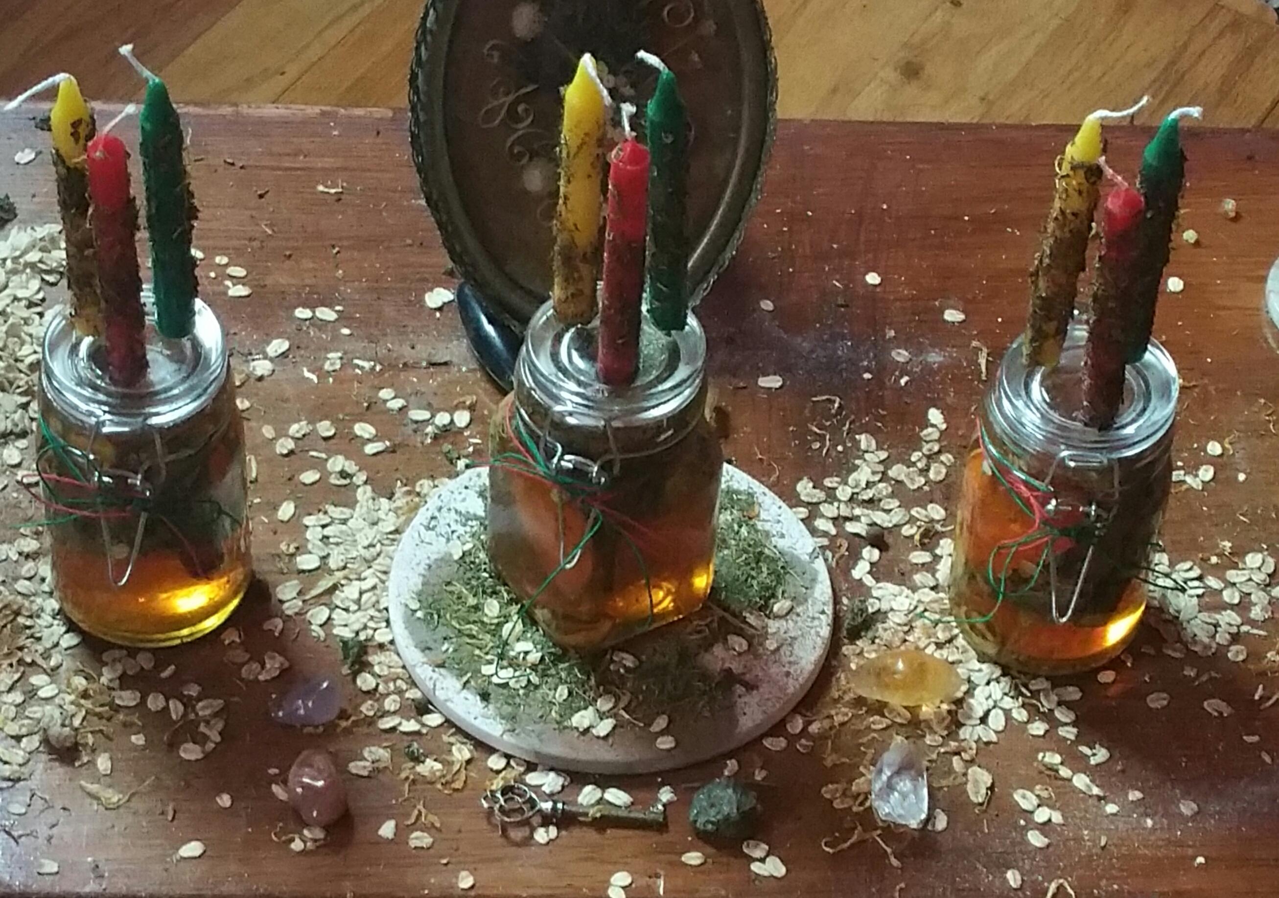 Hoodoo Honey Jar Spell – Triple Moon Alchemy